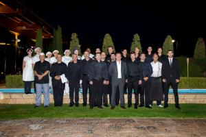 EQUIPO-DE-FACTORIA-RESORT